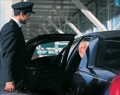 Your satisfaction is our first priority! Let Four Star meet your ground transportation needs and exceed your expectations.