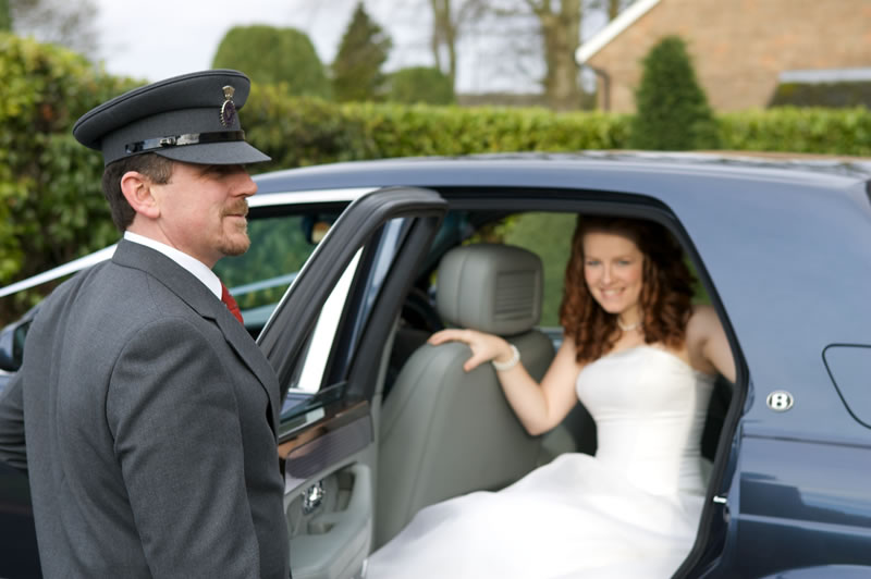 We can make your special day even more memorable! Let Four Star meet your ground transportation needs and exceed your expectations.
